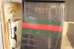Gucci Placesに認定